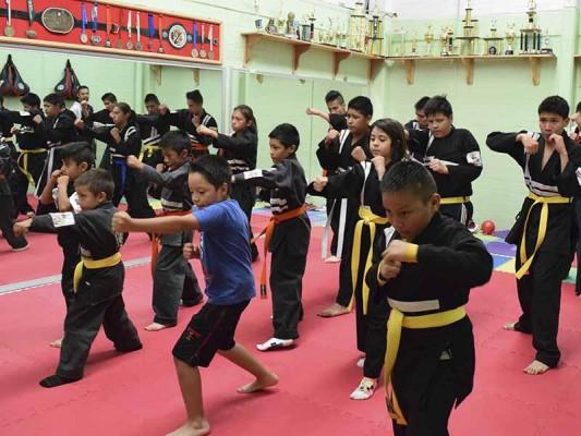 Se preparan para próximos torneos de Lima Lama