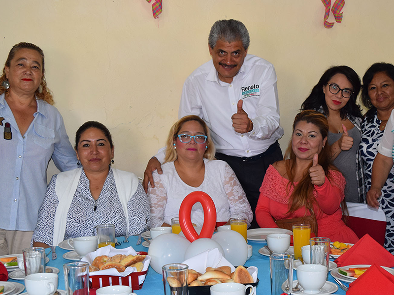 Renato Maldonado se reunió con mujeres del VII Distrito Electoral