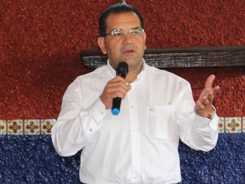 Cuestiona Gonzalo Vega los resultados de la actual administración municipal