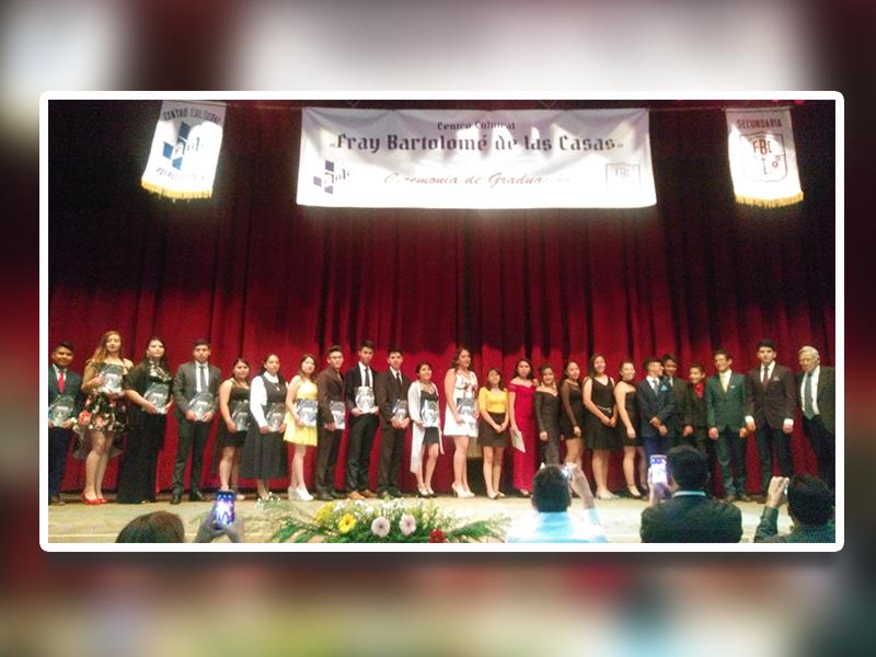 """Festejaron a jóvenes graduados del Colegio """"Fray Bartolomé de las Casas"""""""