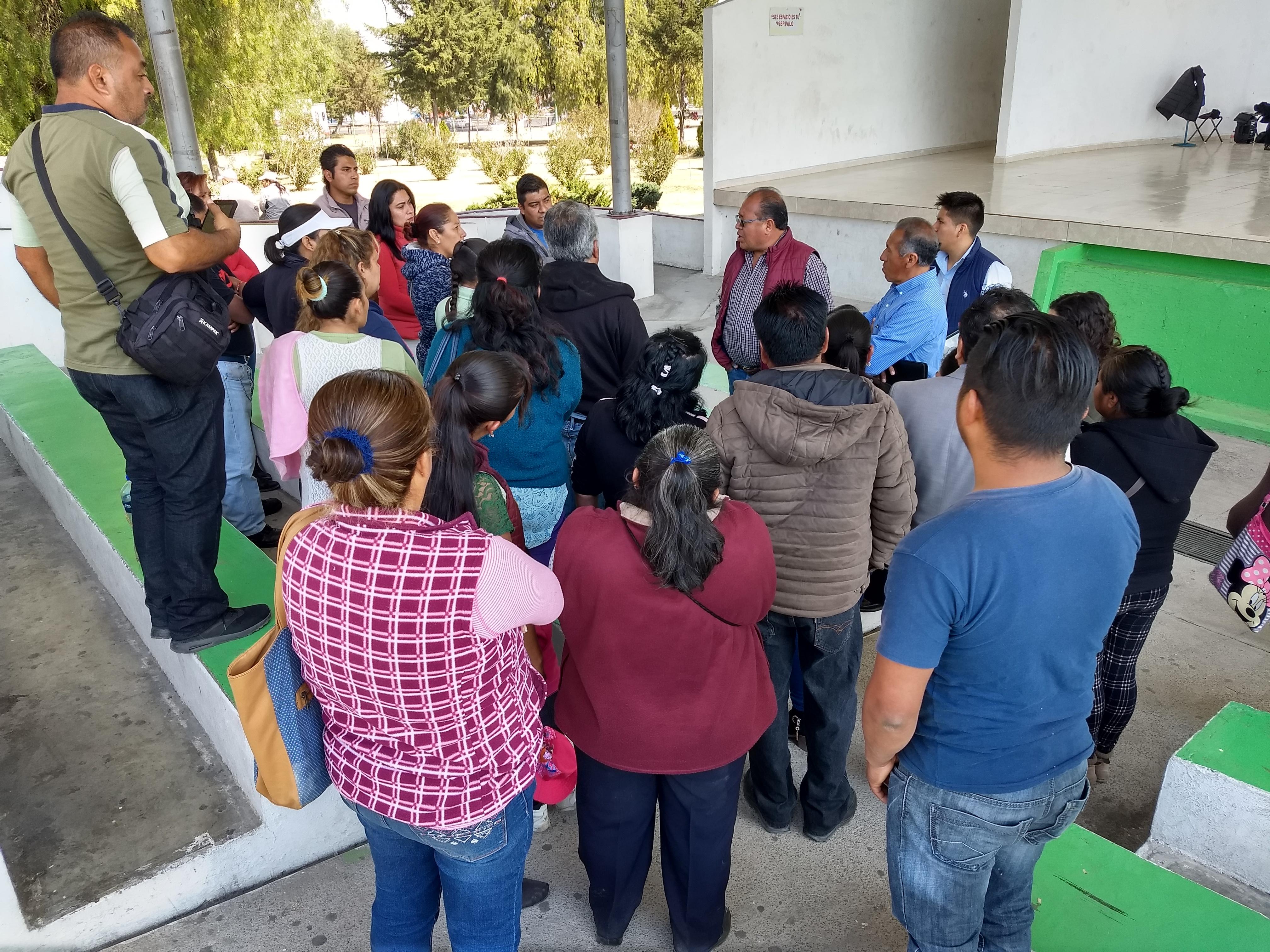 Padecen escasez de agua habitantes de Lomas de las Cruces; piden subsidio para pipas