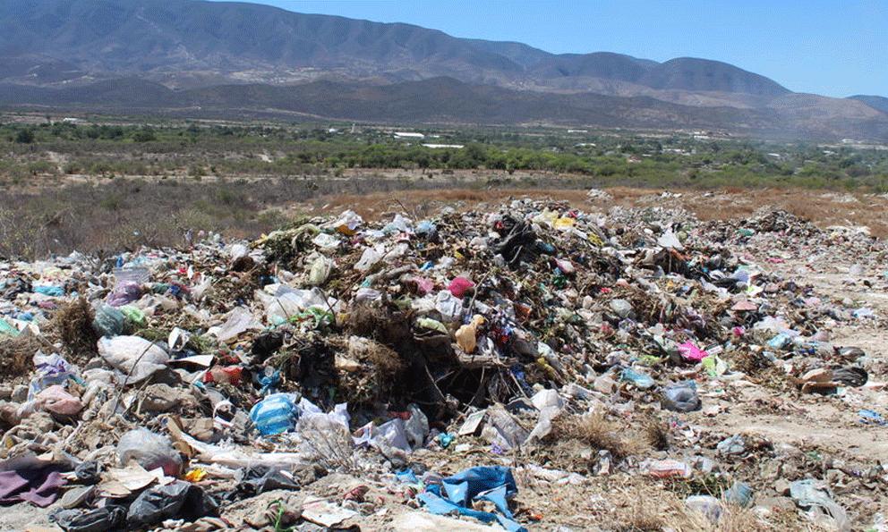 Operan en el Edomex 50 tiraderos de basura clandestinos